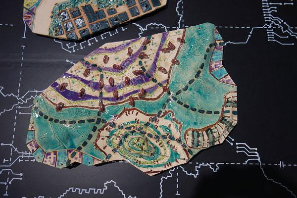 Katrin Leitner, Keramikobjekt, GIS-Tectonicplate 03