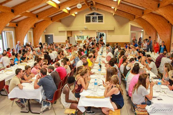 le repas des cavaliers, des officiels et des bénévoles
