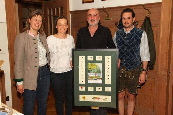 Auszeichnung für besondere Verdienste um die EWF - Friesenhahn