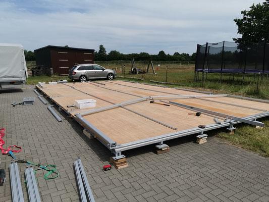 Partyzelt 6x12 Meter mit Holzfußboden