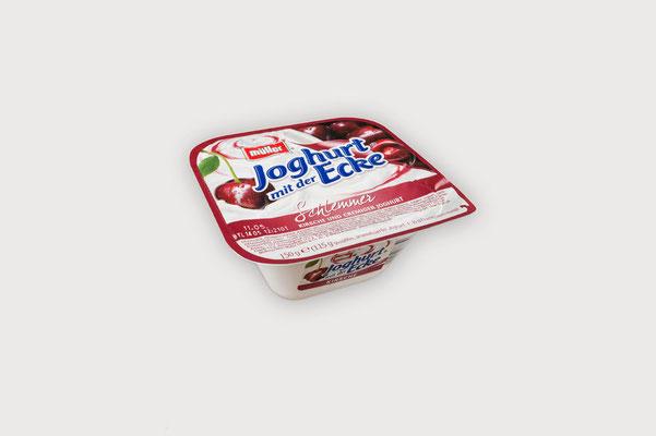 Verpackungen, flexible Verpackungen, Wellpappe, Karton, Papier - von Rattpack® Dornbirn / Austria - für die Branchen Lebensmittel, Tiernahrung, Kosemetik, Pharma, technische Industrie - hier Flexible Folien & Deckelfolien für Yogurt im Knickbecher