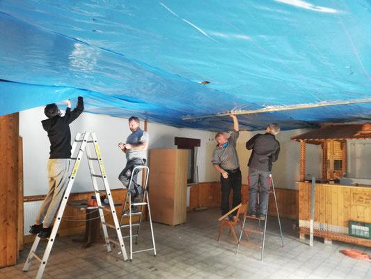 Vorbereitung und Unterkonstruktion im Proberaum