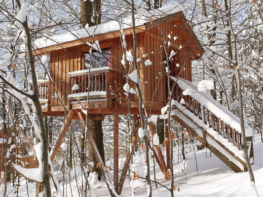 Baumhaus mit Schnee, Bild vom 09.02.2021.