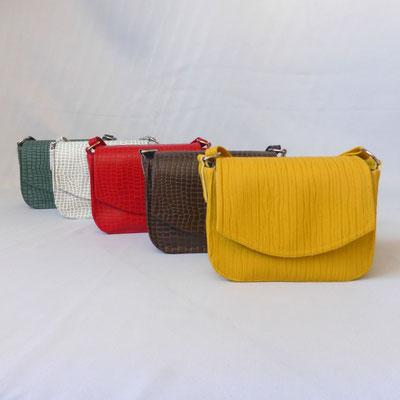 Schultertasche Plissee Yellow mit Zebra auch erhältlich in Python Coffee, Flame, WhiteTea und Moosgrün