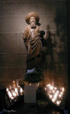 Le Puy en Velay - La statut de St Jacques de Compostelle dans la Cathédrale (Chemin de Compostelle 2014)