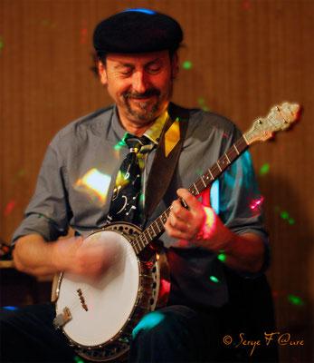"""Sac à Pulses - Pierre""""Jules""""Verne (Banjo) - Murat le Quaire - Sancy Snow Jazz 2012 - Auvergne"""