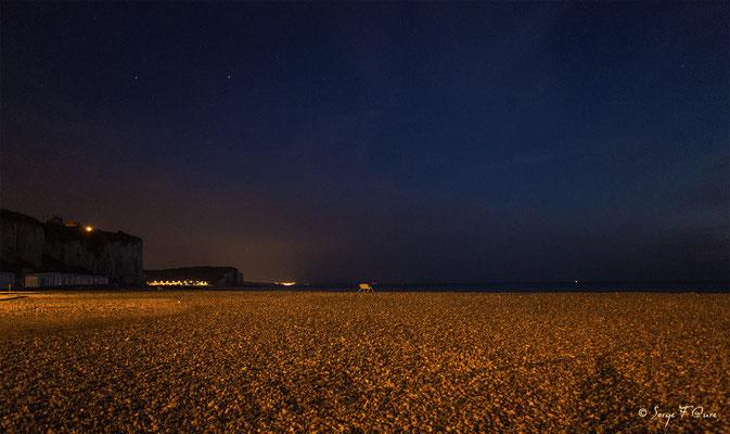La nuit sur la côte d'Albâtre à Pourville sur Mer - Normandie - France