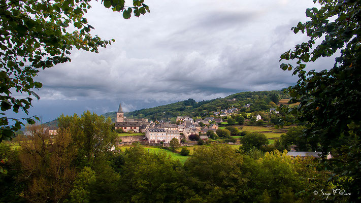 Esperac au petit matin après l'orage - Sur le chemin de St Jacques de Compostelle (santiago de compostela) - Le Chemin du Puy ou Via Podiensis (variante par Rocamadour)