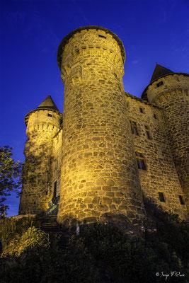 Château de Val à Lanobre dans le Cantal en Auvergne - France