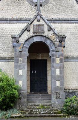 Entrée du Temple de La Bourboule - Auvergne - France