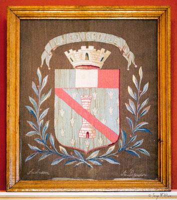 Armoiries peintes dans la salle du Conseil de la Mairie de La Bourboule - Auvergne - France