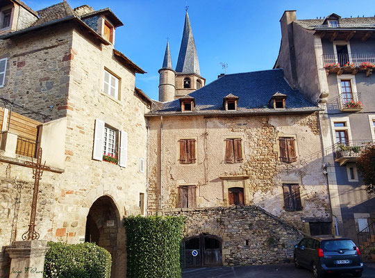 Saint-Côme d'Olt - France - Sur le chemin de St Jacques de Compostelle (santiago de compostela) - Le Chemin du Puy ou Via Podiensis (variante par Rocamadour)