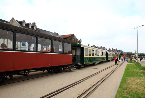 Train à vapeur - Saint Valéry sur Somme - Baie de Somme - Picardie - France (juillet 2011)