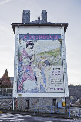 Façade peinte - La Bourboule - Auvergne - France