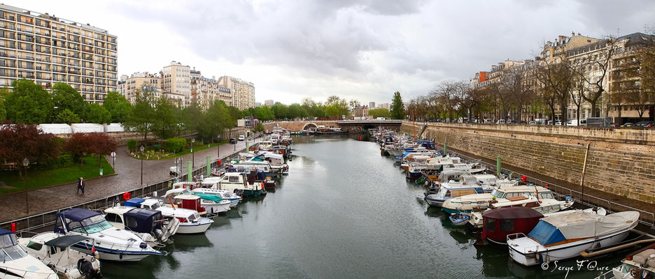 Canal St Martin - Paris - France (Avril 2012)