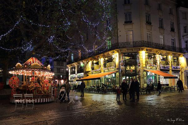 Place du Vieux Marché à l'angle de la rue du gros horloge et de la rue de la place de la Pucelle - Rouen - Seine Maritime - Normandie - France