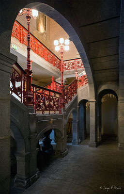 Pilier de l'escalier principal de la Mairie de La Bourboule - Auvergne - France