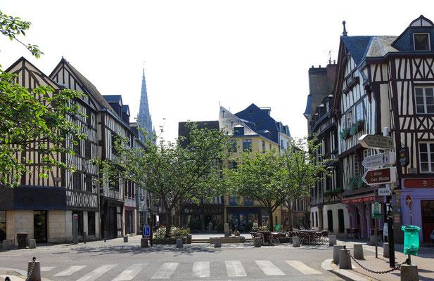 Place du lieutenant Aubert - Rouen - Seine Maritime - Normandie - France