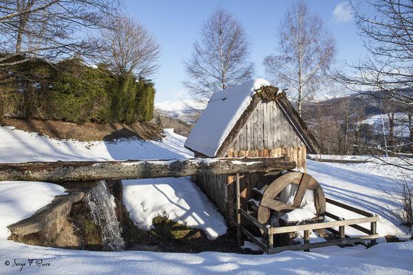 Le moulin à eau de Murat le Quaire - Massif du Sancy - Auvergne - France