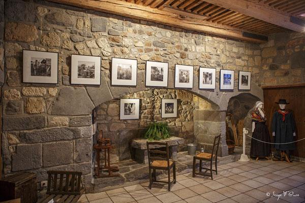 """Exposition photos """"Les trente glorieuses - Scénomusée de la Toinette et Julien  - Murat Le Quaire - Massif du Sancy - Auvergne - France"""