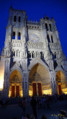 Cathédrale d'Amiens (illuminations)- Picardie - France (Juin 2008)