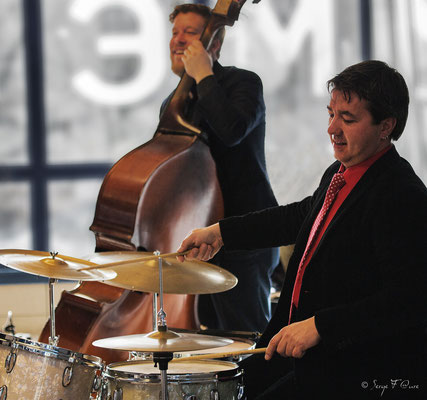 Guillaume Nouaux (batterie) & Sébastien Girardot (contrebasse) - 26ème Festival de jazz 2015 (Sancy Snow Jazz) Le Mont Dore - Auvergne - France