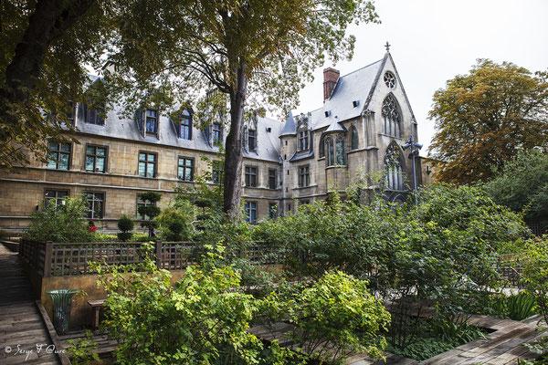 Hôtel de Cluny - Musée National du Moyen Âge - édifice situé au cœur du Quartier latin, dans le Ve arrondissement de Paris (France)