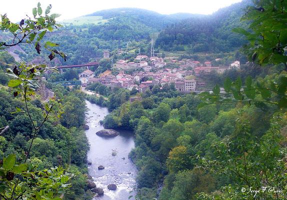 Monistrol d'Allier - France - Sur le chemin de St Jacques de Compostelle (santiago de compostela) - Le Chemin du Puy ou Via Podiensis (variante par Rocamadour)