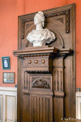 Buste de Marianne dans la salle du Conseil de la Mairie de La Bourboule - Auvergne - France