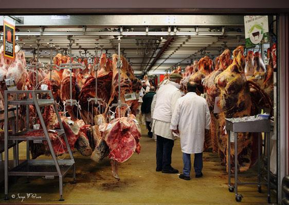 Halle aux viandes de boucherie - Marché International de Rungis - France (Octobre 2012)