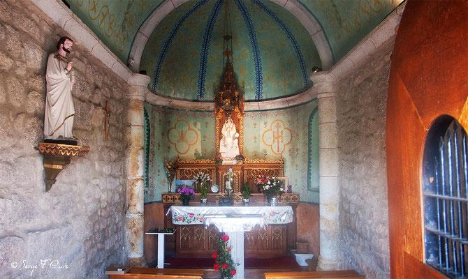 Chapelle de Bastide à  La-Chaze-de-Peyre - France - Sur le chemin de St Jacques de Compostelle (santiago de compostela) - Le Chemin du Puy ou Via Podiensis (variante par Rocamadour)
