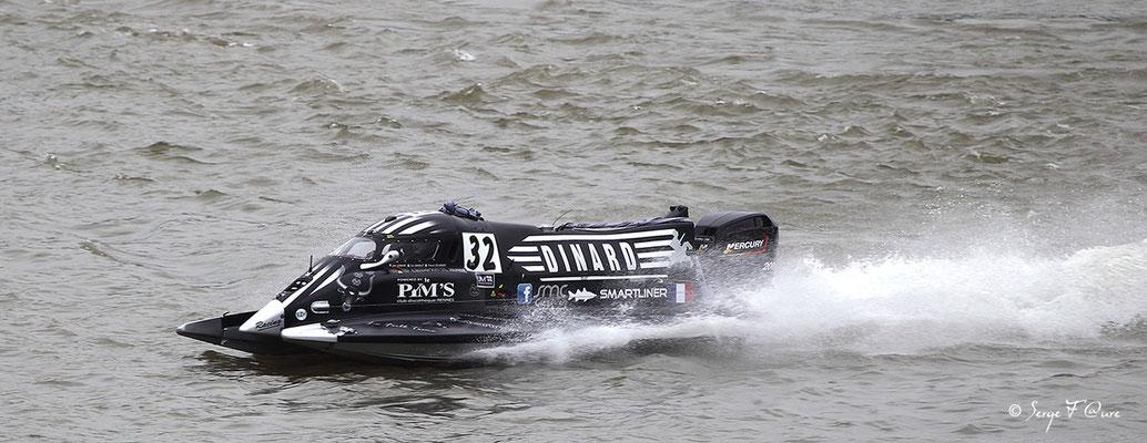 Vainqueur Classe 2 - Team Navikart - Pilotes: F. Delambre / E. Doublet / S. Lemoine - 24 heures motonautiques de Rouen 2013 (50ème édition)