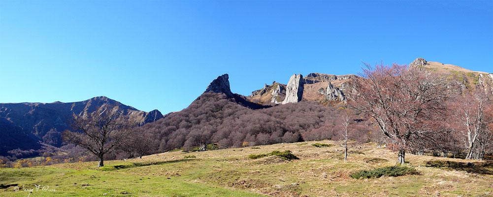 La Crête de Coq et la Dent de la Rancune - Vallée de Chaudefour - Massif du Sancy - Auvergne - France