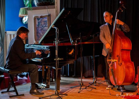 """Philippe Milanta (piano) et Bruno Rousselet (contrebasse) - """"Philippe Milanta Trio"""" - Sancy Snow Jazz 2016 - Café de la Plage à La Bourboule - Auvergne - France"""