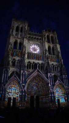 Cathédrale d'Amiens illuminée