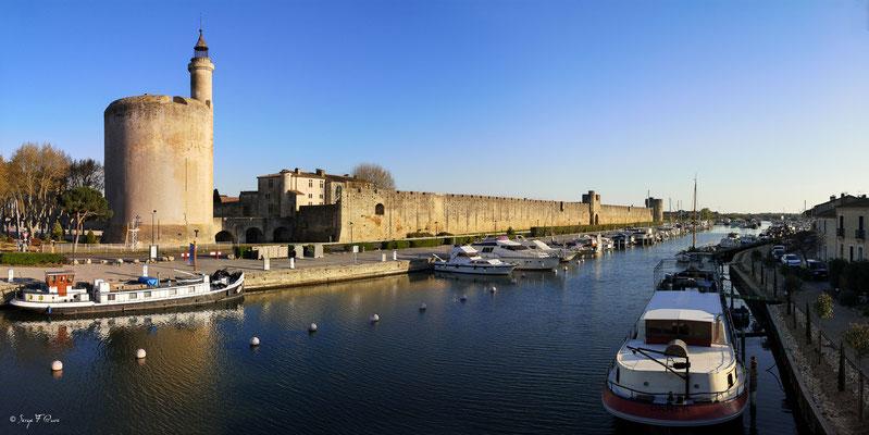 Le port d'Aigues Mortes - Camargue - Bouches du Rhône - France port d'Aigues Mortes
