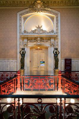 Entrée du théâtre dans la Mairie de La Bourboule - Auvergne - France