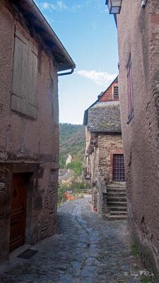 Rue de l'Abbé Gonzague Florens Conques  (Chemin de Compostelle 2014)