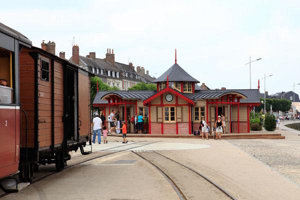 Gare du train à vapeur - Saint Valéry sur Somme - Baie de Somme - Picardie - France (juillet 2011)