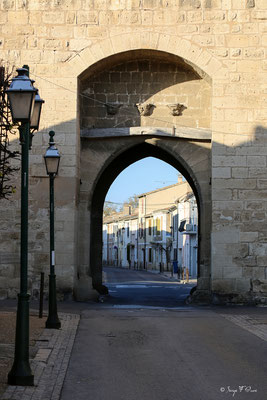 Porte de l'enceinte fortifiée d'Aigues Mortes