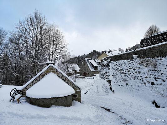 Four à pain de Murat le Quaire - Massif du Sancy - Auvergne - France