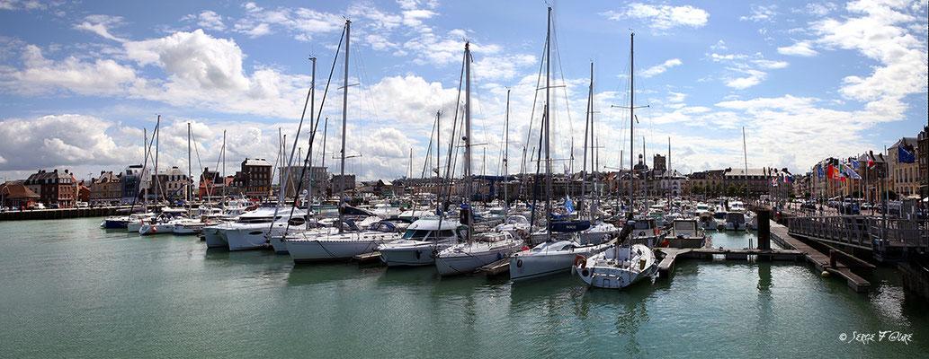 Port de Dieppe (Haute Normandie - France - Juin 2012) - Vue panoramique