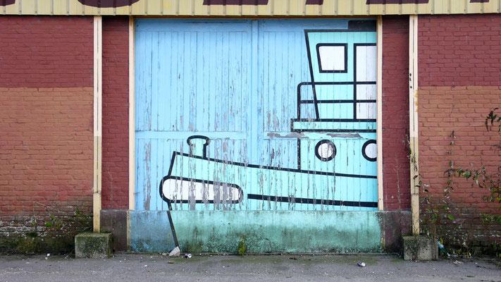 Portail de docks - Quais de Seine à Rouen - Normandie - France - Août 2011