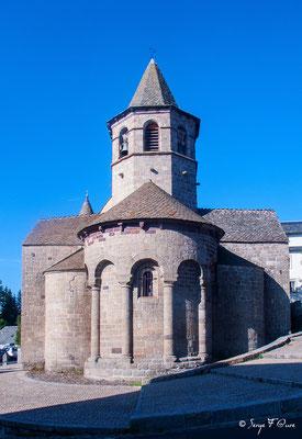 Eglise de Nasbinals - France - Sur le chemin de St Jacques de Compostelle (santiago de compostela) - Le Chemin du Puy ou Via Podiensis (variante par Rocamadour)