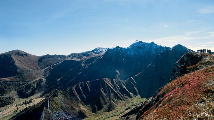 Le Puy de Sancy (altitude de 1886 m) par le val de courre - Auvergne - France