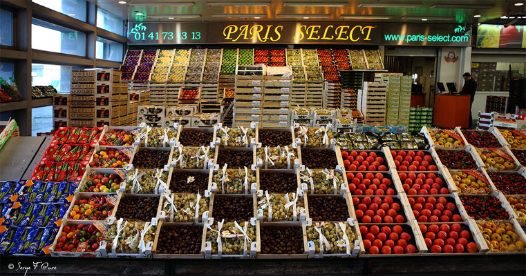 Halles aux fruits et légumes - Marché International de Rungis - France (Octobre 2012)