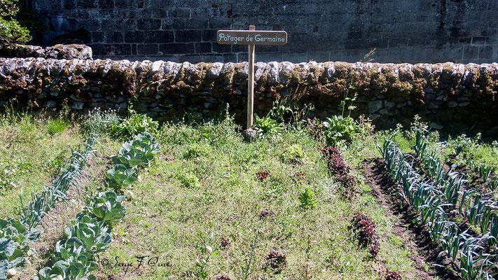 Le Potager de Germaine à Aubrac - France - Sur le chemin de St Jacques de Compostelle (santiago de compostela) - Le Chemin du Puy ou Via Podiensis (variante par Rocamadour)