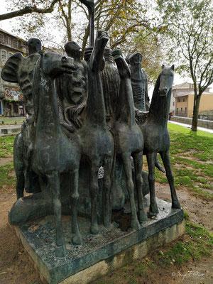 Statues des les cavaliers de l'Apocalypse - Jardim Municipal do Horto das Virtudes - Ville historique de Porto - Portugal