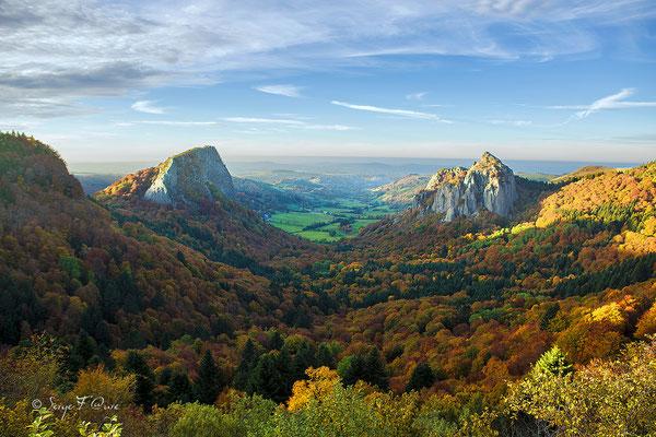 Les Roches Tuilière et Sanadoire au Guéry - Massif du Sancy - Auvergne - France