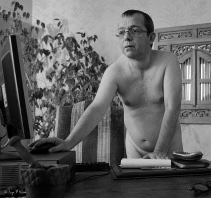 """Calendrier des Fromagers 2013 - """"Secrets de Fromages"""" - Erick - (Nus / Nudes) ©Photographie Serge Faure"""